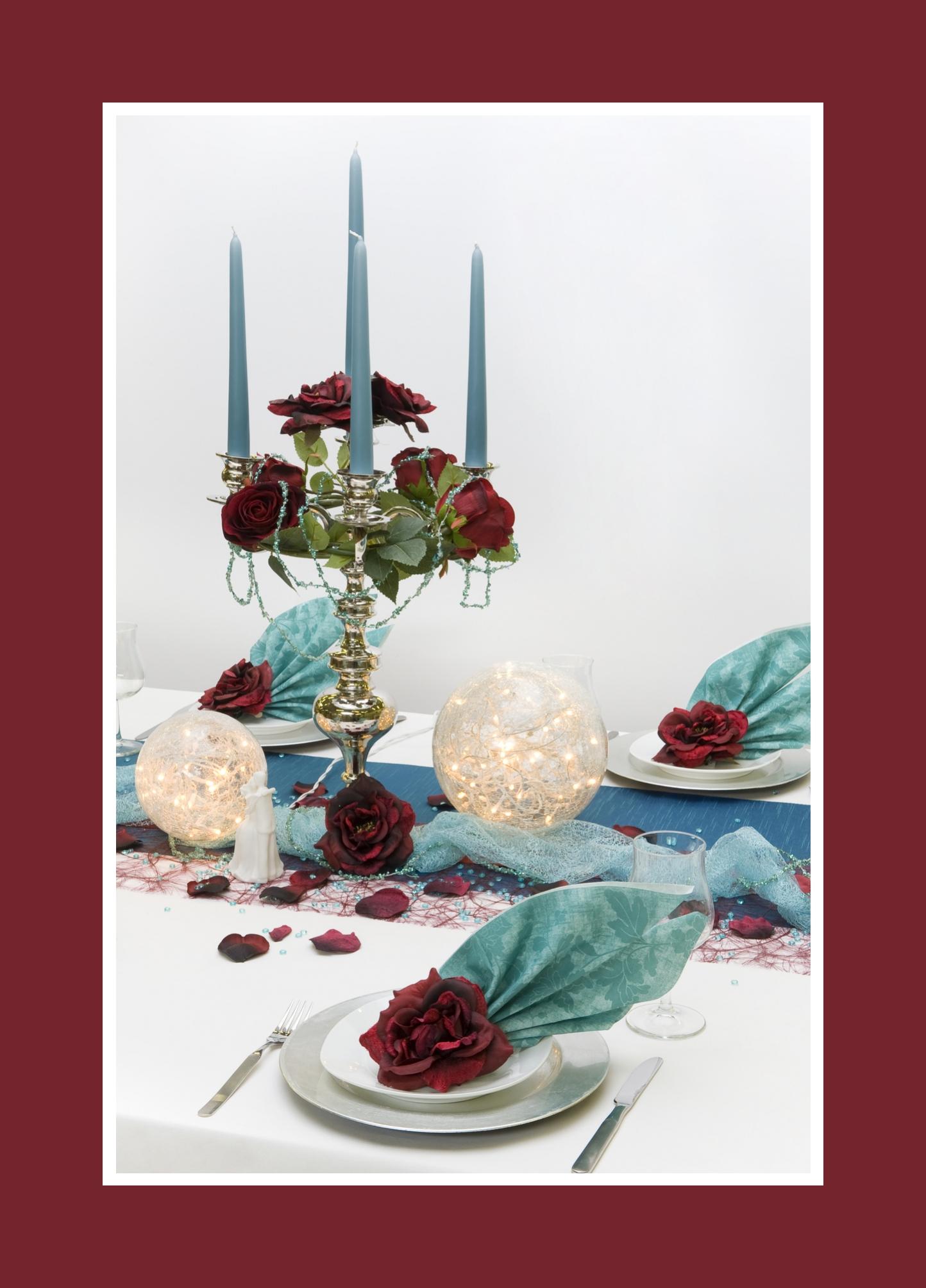 Edle Kerzendeko mit Rosen