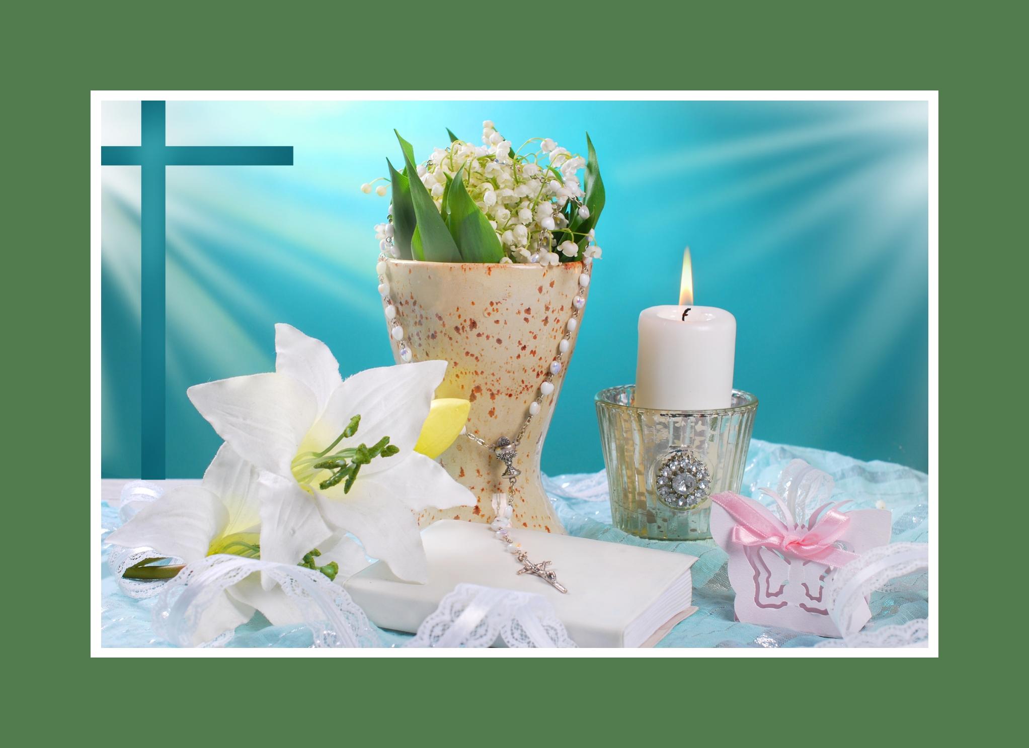 Kerzenlicht mit Blumendeko - feierlich und sinnlich