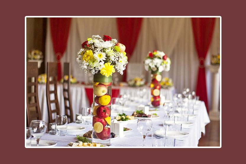 Blumenschmuck für Hochzeit